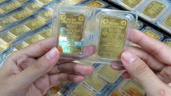 Chênh lệch giữa giá vàng SJC và thế giới vượt ngưỡng 8 triệu đồng/lượng