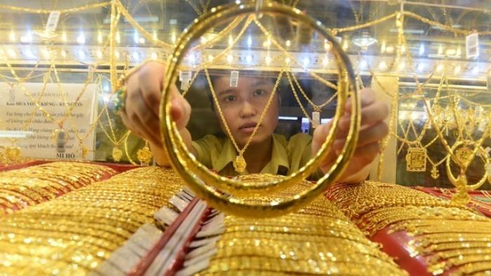 Giá vàng SJC đi lên theo vàng thế giới