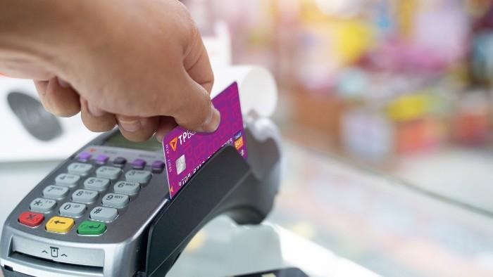 Ngân hàng Việt đầu tiên cho phép khách hàng dùng thẻ nội địa giao dịch tại Hàn Quốc