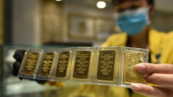 Giá vàng SJC quay đầu tăng mạnh phiên cuối tuần
