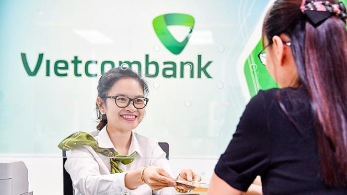 Vietcombank đã giảm 2.616 tỷ đồng tiền lãi cho khách bị ảnh hưởng Covid-19, hạ thêm lãi suất cho vay