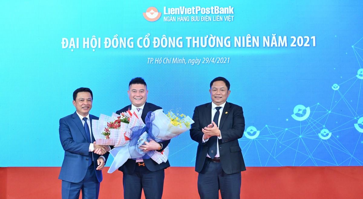"""""""Bầu Thụy"""" giữ chức Phó Chủ tịch HĐQT LienVietPostBank"""
