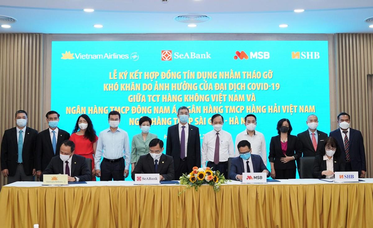 3 ngân hàng chính thức ký kết giải ngân cho Vietnam Airlines