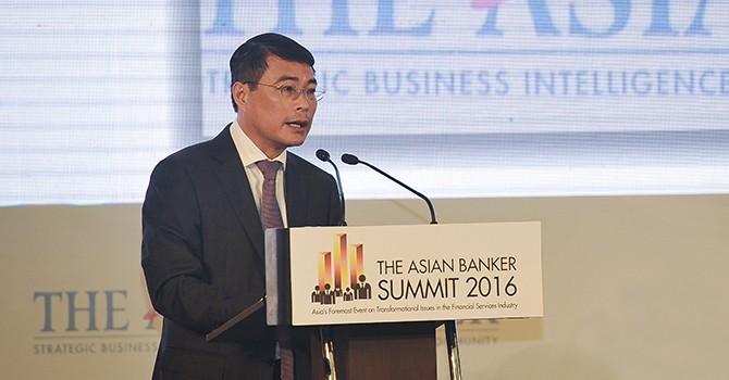 Vietnam's Forex Reserves Approach $52 Billion: Central Banker