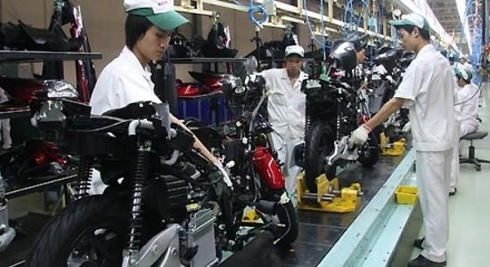 """Công nghiệp 6 tháng: Sản xuất và tồn kho """"rủ nhau"""" tăng"""