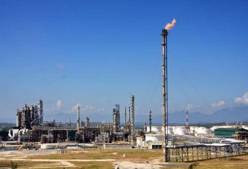 Lọc dầu Dung Quất được giải cứu bằng cơ chế giá