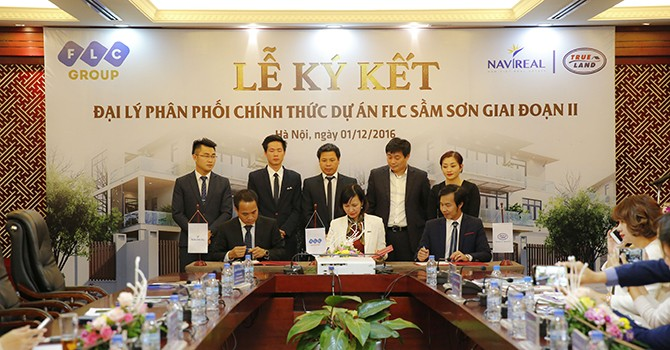 Liên minh Navireal và Trumeland độc quyền phân phối FLC Lux City