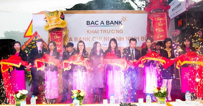 BAC A BANK khai trương Chi nhánh Ninh Bình