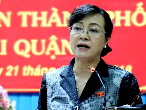 Thành ủy TP.HCM họp cả ngày chủ nhật kiểm điểm ông Tất Thành Cang