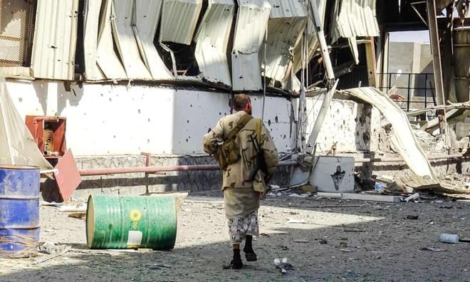 """Saudi """"tống tiền"""" Mỹ, nghị quyết kêu gọi ngừng bắn ở Yemen bị chặn"""