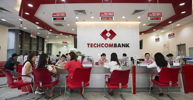Techcombank đạt lợi nhuận kỷ lục 5.700 tỷ đồng sau 6 tháng
