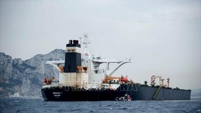 Iran cảnh báo Mỹ về ý định bắt giữ tàu chở dầu