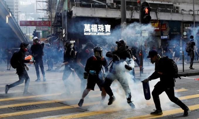 Trung Quốc sẽ siết chặt hệ thống pháp lý Hong Kong
