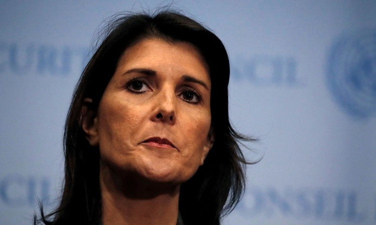 """Cựu đại sứ Mỹ tiết lộ """"âm mưu lật đổ"""" Tổng thống Trump"""