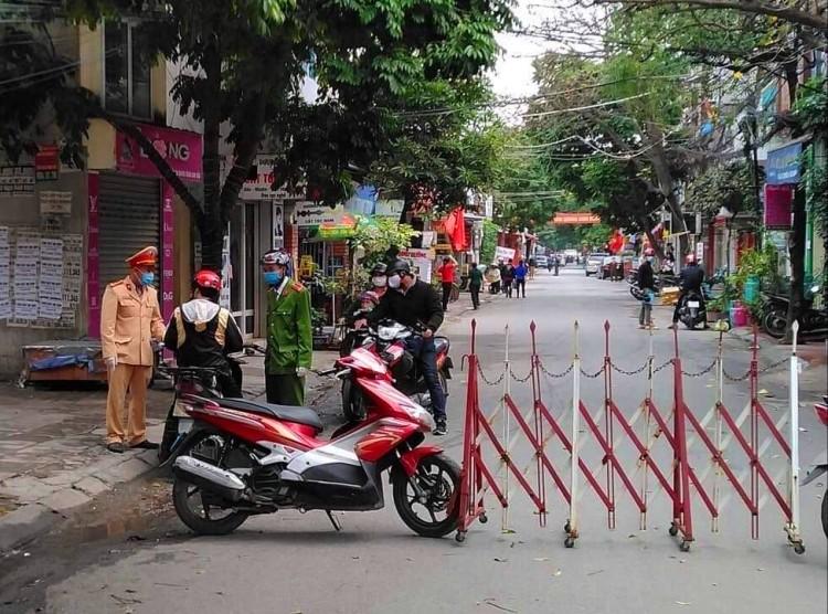 Phong tỏa ba khu dân cư phòng Covid-19