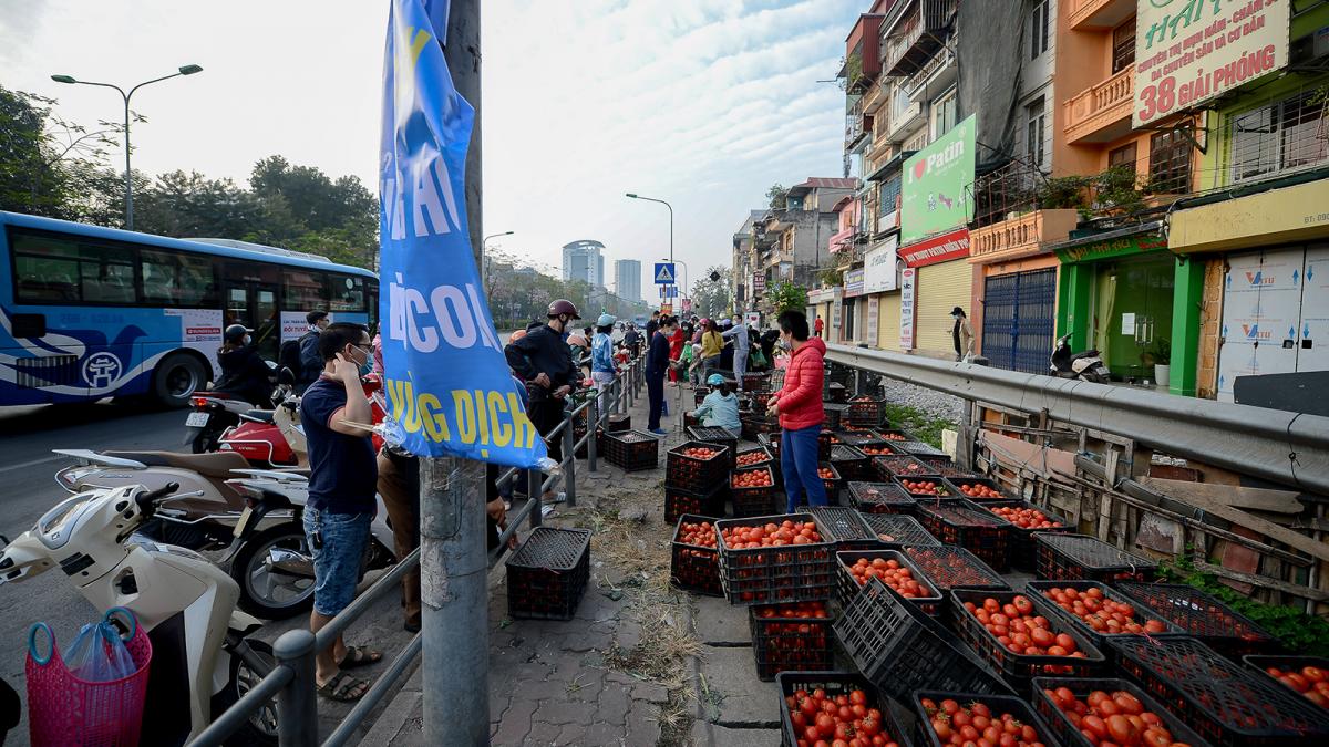 Chính phủ yêu cầu tạo thuận lợi cho lưu thông hàng hóa, tiêu thụ nông sản
