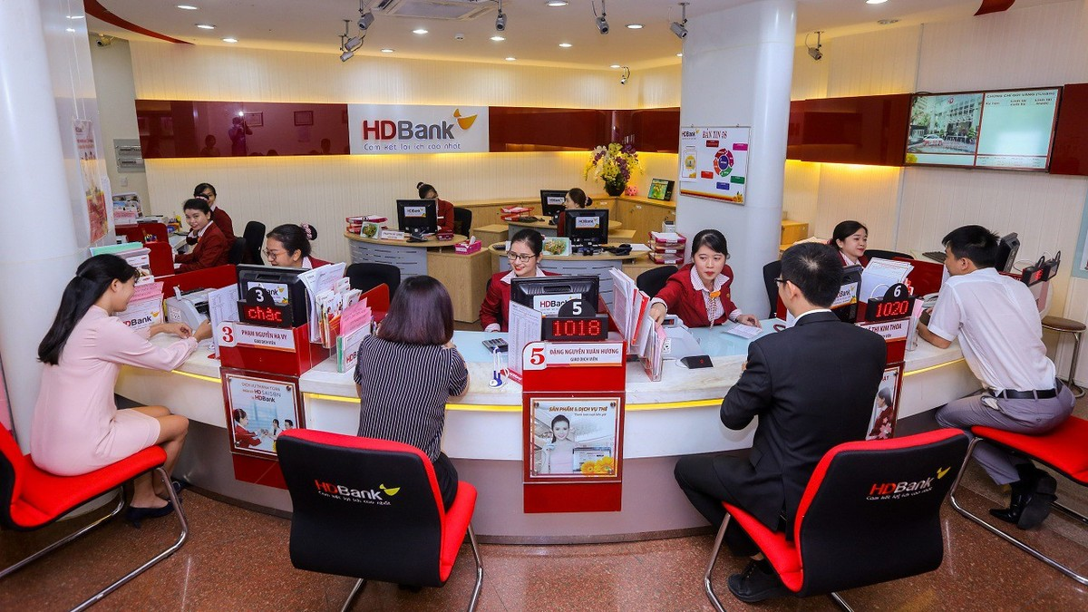 HDBank's First Quarter Profit Over VND 2,100 Billion as Service Income Increases Significantly