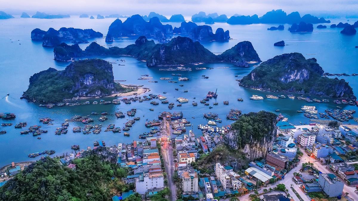 Quảng Ninh xây bến cảng cao cấp rộng gần 30ha ở Vân Đồn