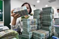 Lãi suất giảm mạnh trên thị trường liên ngân hàng