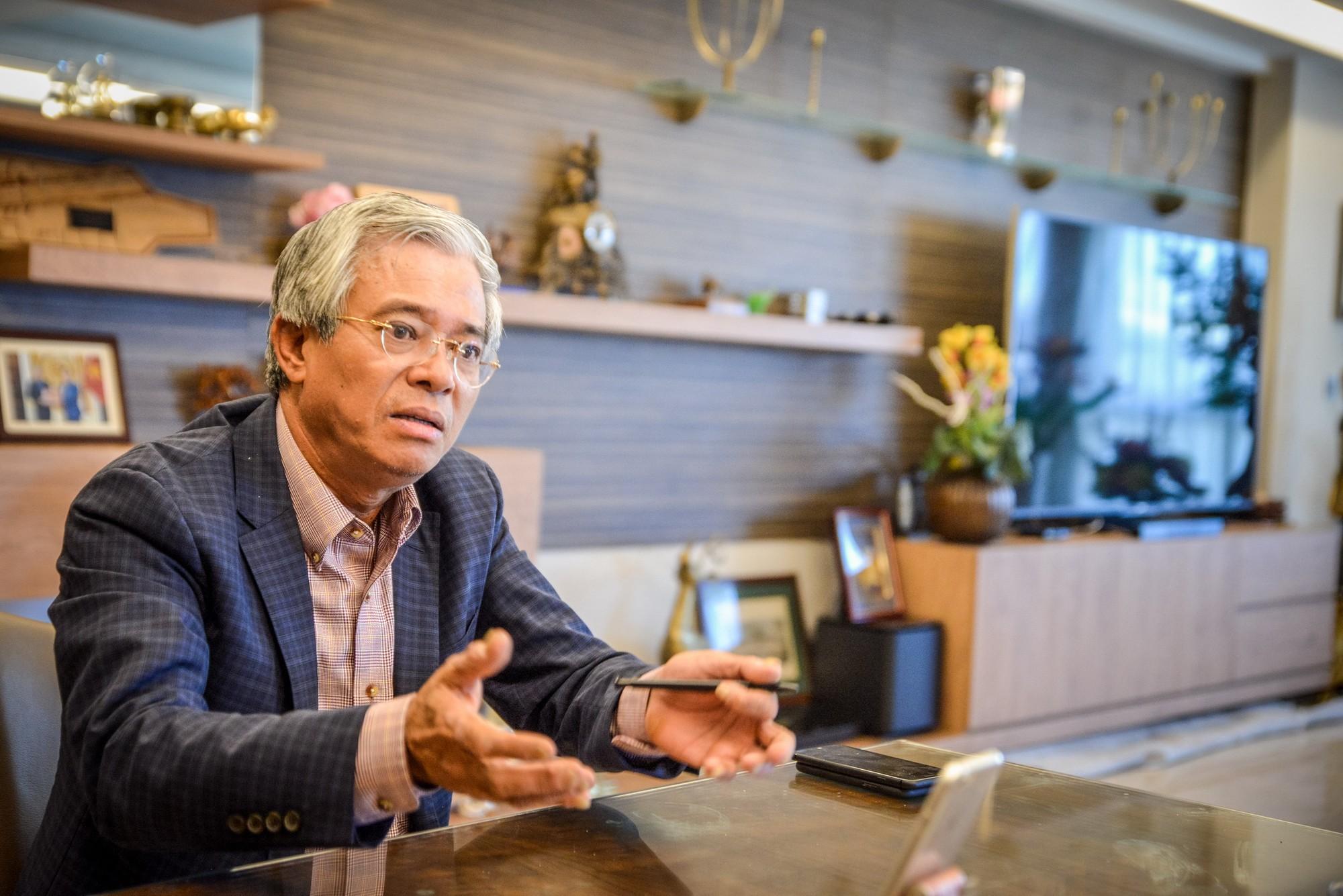 Đại sứ Phạm Quang Vinh phân tích về hệ lụy chính trị do bế tắc trong chuyển giao quyền lực tại Washington