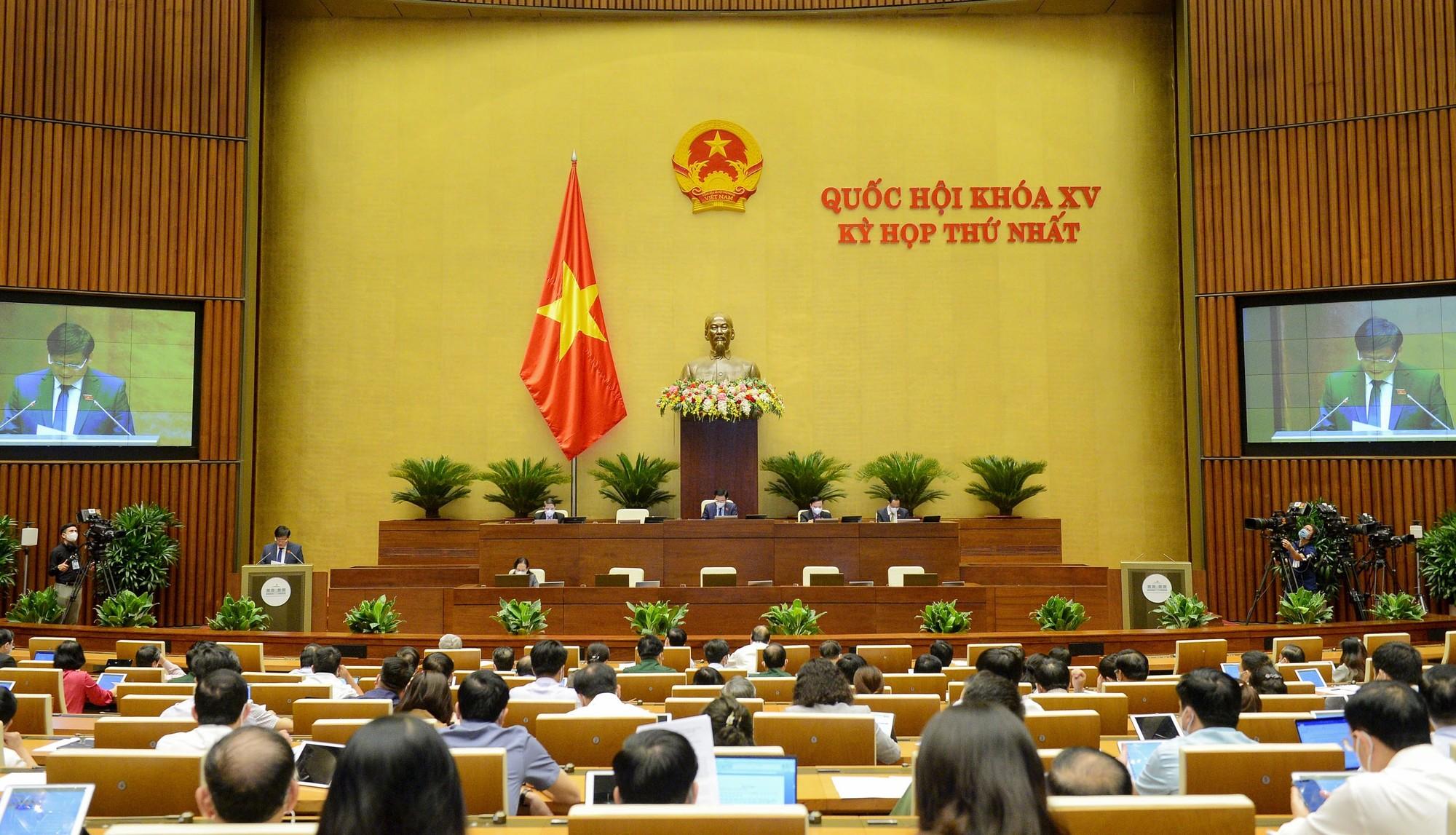 Trao quyền chủ động hơn cho Chính phủ, Thủ tướng trong quyết định biện pháp phòng chống dịch