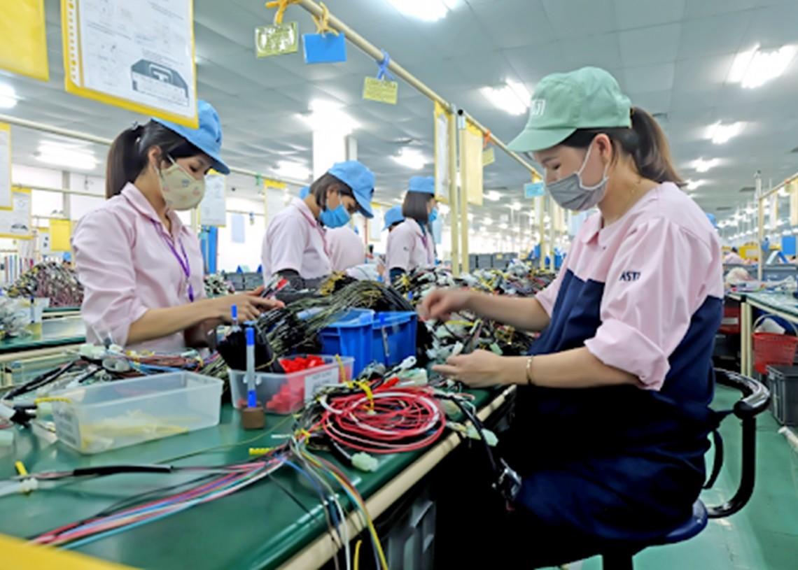 Những chính sách bảo vệ quyền lợi cho lao động nữ tại nơi làm việc
