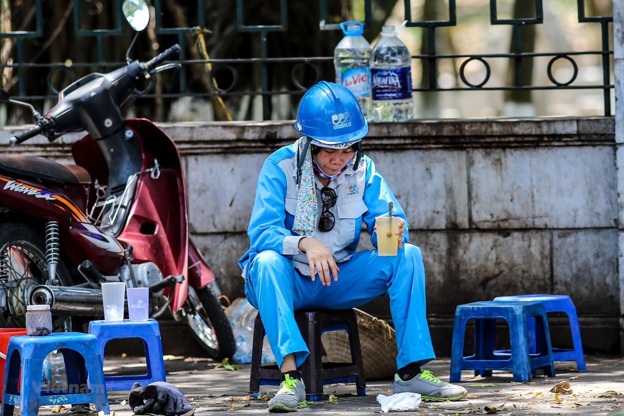 Hà Nội: Hơn 10 nghìn lao động mất việc hàng tháng nếu dịch bệnh diễn biến theo kịch bản xấu