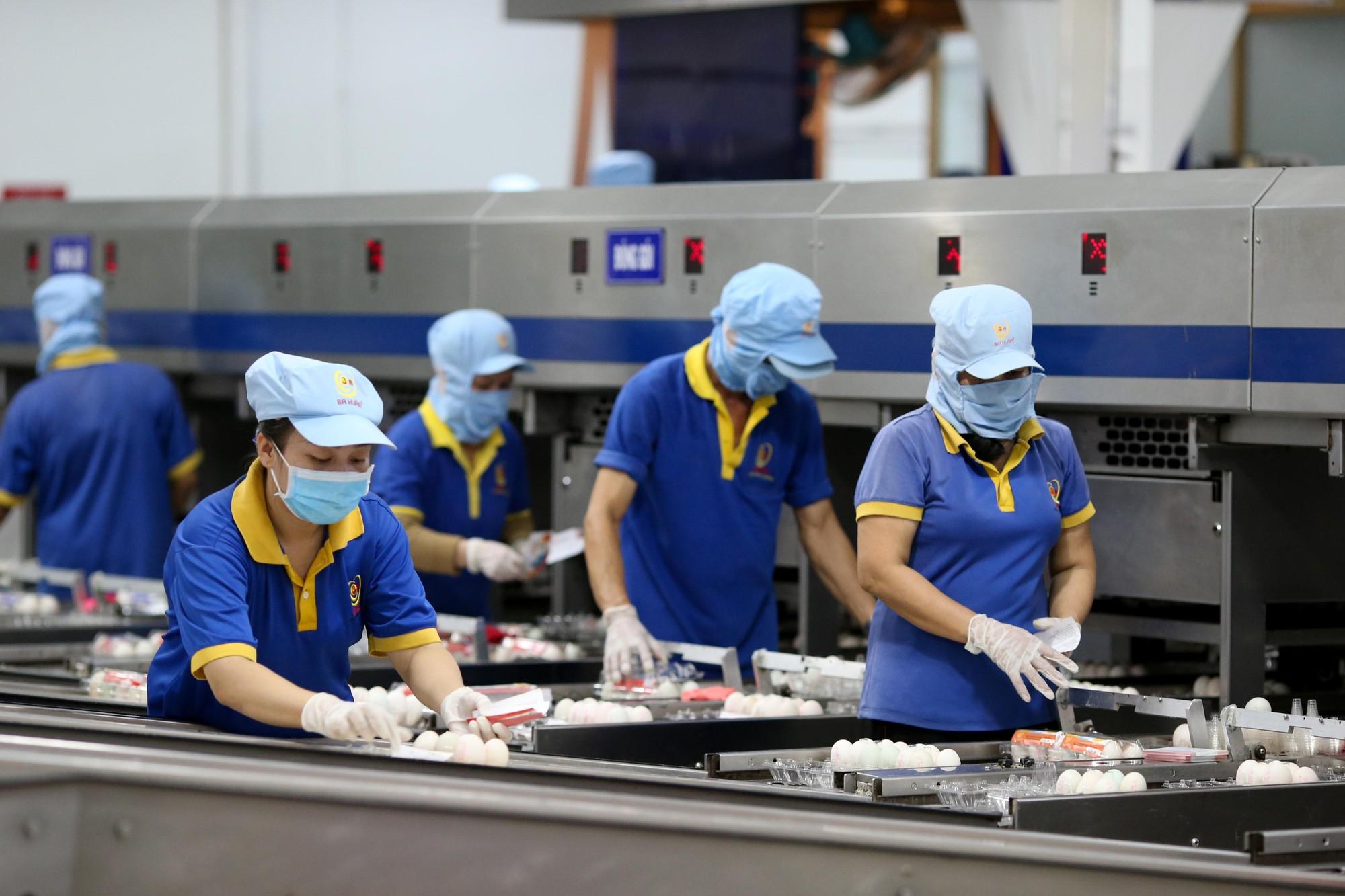 Dịch Covid-19 diễn biến phức tạp, kịch bản nào cho thị trường lao động TP.HCM nửa cuối năm?