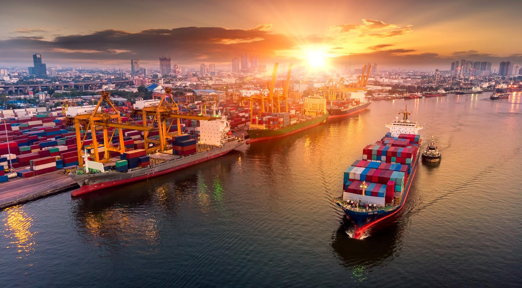 Nhập siêu tiếp tục gia tăng, 8 tháng thâm hụt thương mại 3,71 tỷ USD