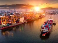 Cán cân thương mại của Việt Nam bất ngờ đổi chiều thâm hụt lớn