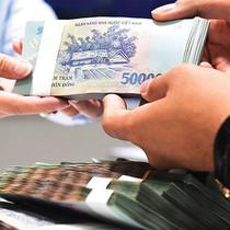 Nhiều ngân hàng tăng lãi, nâng thêm nguồn lực đối ứng nợ xấu