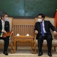 Phó Thủ tướng Phạm Bình Minh tiếp nhà đầu tư SMFG