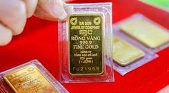 Giá vàng SJC tiếp tục đi lên bất chấp vàng thế giới đảo chiều
