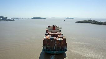Thế giới đương đầu với cuộc khủng hoảng thiếu hàng hóa trầm trọng