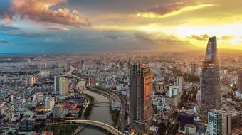 """VNDIRECT: """"Bình thường mới"""" năm 2022, GDP của Việt Nam sẽ tăng 7,5%"""