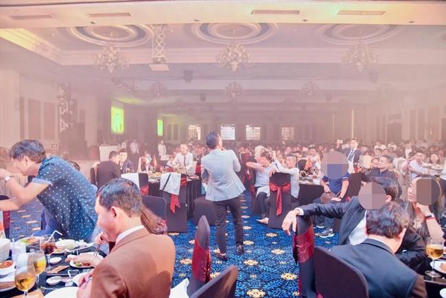 Bữa tiệc tổ chức với rất đông khách mời