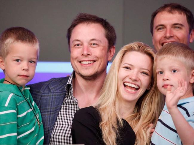 Elon Musk tiêu khối tài sản hơn 23 tỷ USD như thế nào? - Ảnh 13.