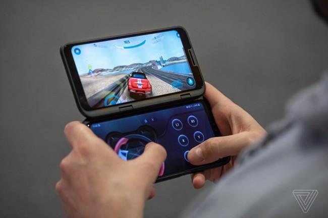 Can canh LG V50 - man hinh kep ban le, co the re hon Galaxy Fold hinh anh 5