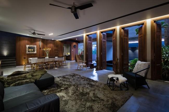Khu vực sinh hoạt chung của gia đình đặt ở sau nhà đảm bảo sự riêng tư cần thiết. Khu vực sinh hoạt chung của gia đình đặt ở sau nhà đảm bảo sự riêng tư cần thiết.