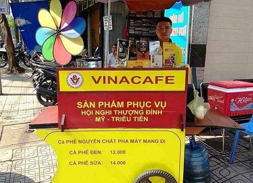 Cà phê xe đẩy của Vinacafe.