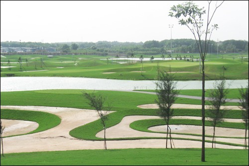 Vụ chuyển nhượng 145 ha đất công: Sân Golf hoạt động trước ngày giao đất? - ảnh 4