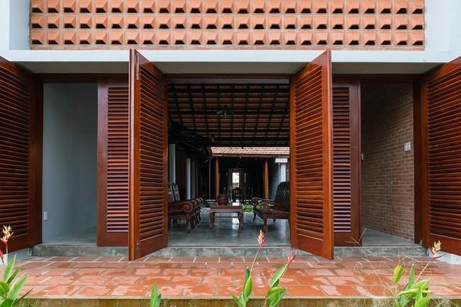 Ngôi nhà truyền thống Nam Bộ đẹp mê mẩn trên báo Tây - ảnh 5