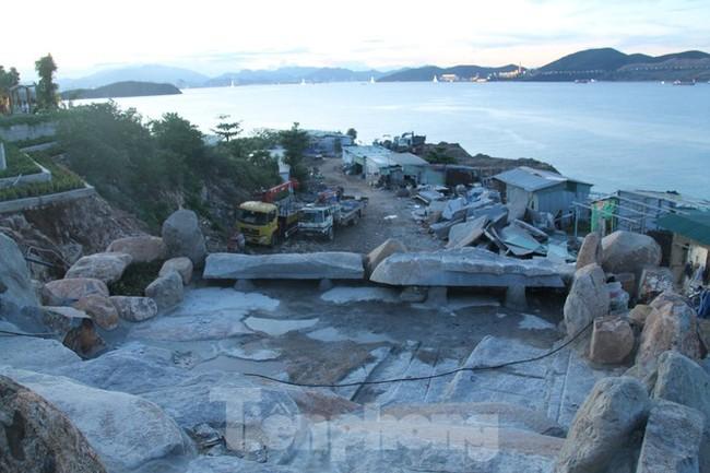"""Cận cảnh những công trình xây """"chui"""" trên đảo Hòn Tằm - Nha Trang - ảnh 8"""