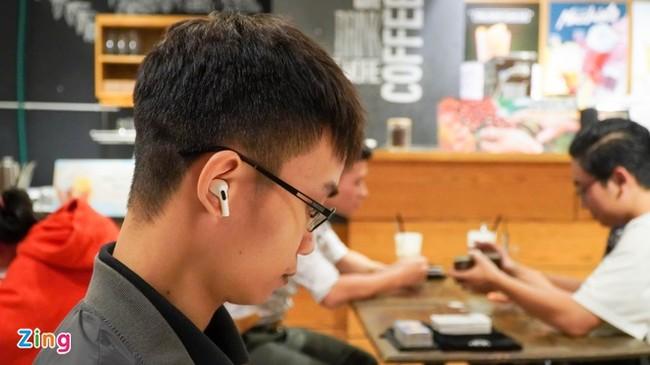 Hang san xuat AirPods tai VN mong thanh Foxconn moi, gia cong iPhone hinh anh 2 Huawei_AFP.jpg