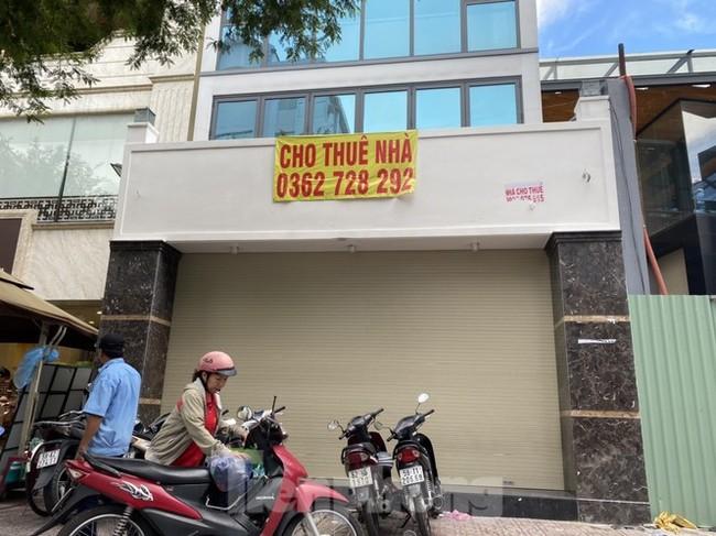 Nhà phố tiền tỷ 'thi nhau' đóng cửa, treo biển cho thuê ở trung tâm Sài Gòn - ảnh 7
