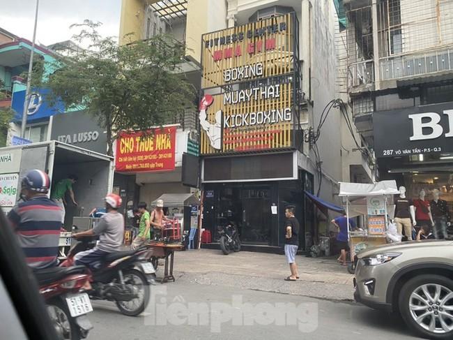 Nhà phố tiền tỷ 'thi nhau' đóng cửa, treo biển cho thuê ở trung tâm Sài Gòn - ảnh 10