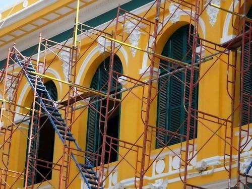 Hàng tỉ đồng thay 'áo mới' tòa nhà bưu điện trung tâm Sài Gòn - ảnh 5