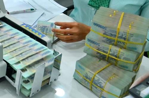 lãi suất, lãi suất điều hành, lãi suất liên ngân hàng, giảm lãi suất, nợ xấu, ngân hàng nhà nước, Lê Minh Hưng, tỷ giá