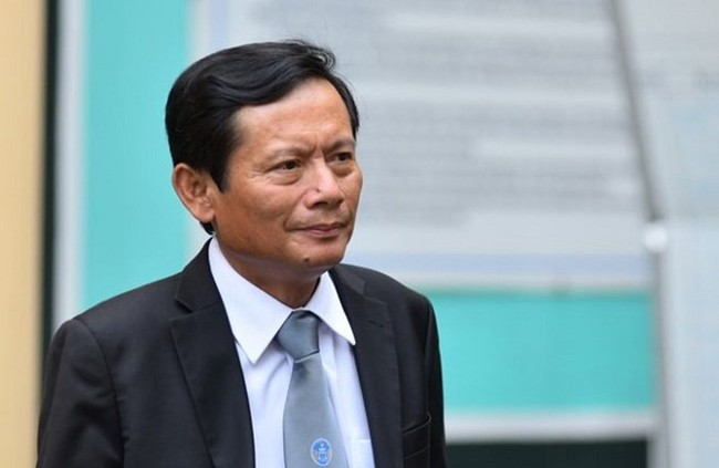 Dinh La Thang doi dap gi khi VKS de nghi tuyen y an 13 nam tu? hinh anh 2