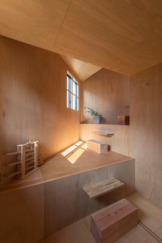 Mê cung trong căn nhà 3 tầng